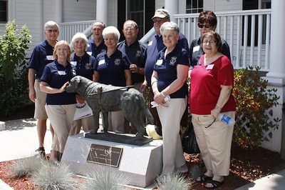 L-R: Lions Jerry Gordon, Ruth Sano, Terry Page, Paul Vergoni, Diane Hart, Tom Hart, Alex Gillies, Maryanne Gordon, Vickie Shahinian and Elaine Hayner