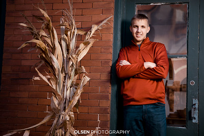Logan Hartman Senior Photos