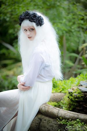 Lou in White - 160124