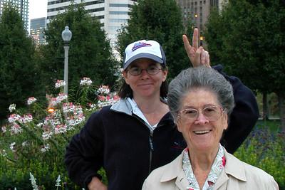 Lucia & Mildred in Millenium Park, Chicago.