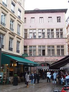 Our apartment, 2nd floor left, 46 rue de Brest, Lyon