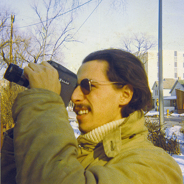 Bob Leavitt, filming (what? Paul Soglin's apartment?) on the 500 block of West Washington; spring 1970