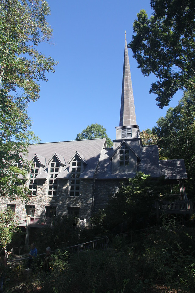 Chatlos Memorial Chapel at The Cove