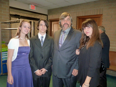 Jimmy Mulvihill and his kids Katie, Billy, & Megan