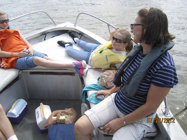 Boating on the Ohio River with the McDowell's - 7/28/2012