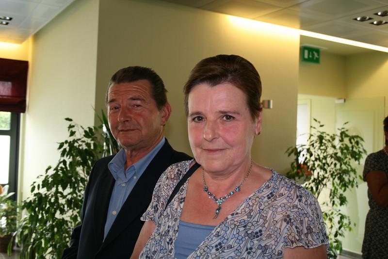 emiel & francine... zij wonen nu in Elewijt...  ik ken francine al van in 65... van in de Buitingstraat...