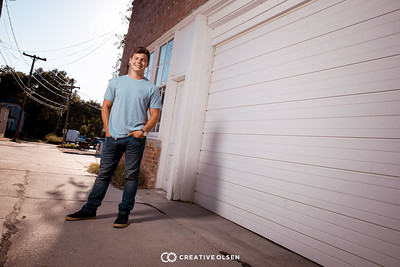 071918 Miles Hemphill Senior Photographer