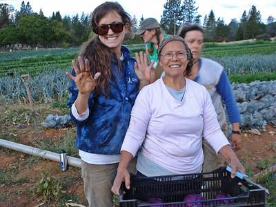 Mountain Bounty Farm 09-25-2013 Trish and Mom