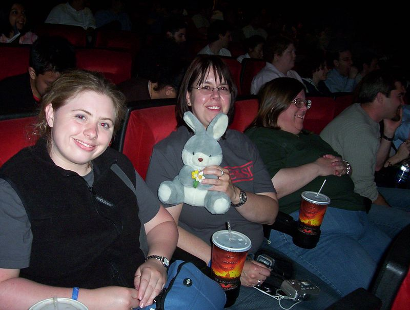 Mr. Bun goes to Star Wars, Episode III - May 19, 2005; 12:05am - Uptown Theatre (with friends)