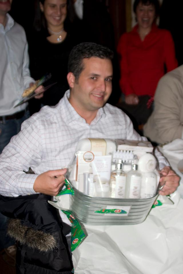 Julio y su tina pa las cervezas...