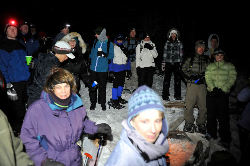 2009 New Year's Eve moonlight snowshoe 17