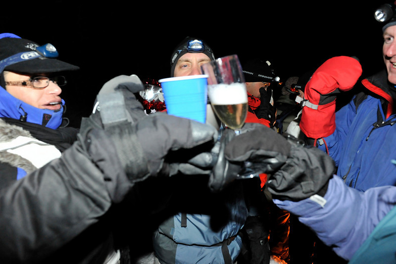 2009 New Year's Eve moonlight snowshoe 13