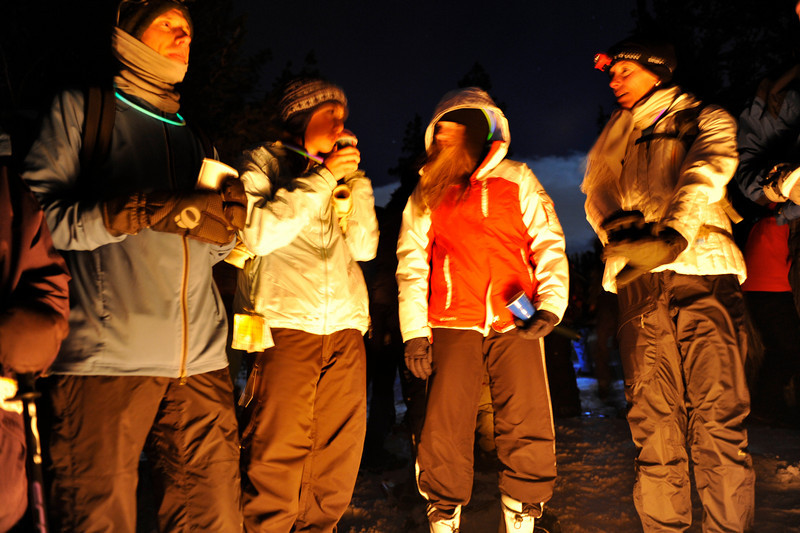 2009 New Year's Eve moonlight snowshoe 5