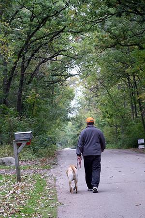 "Oct '09: Racine WI - Dick & Mia ""..the nightly walk..."""