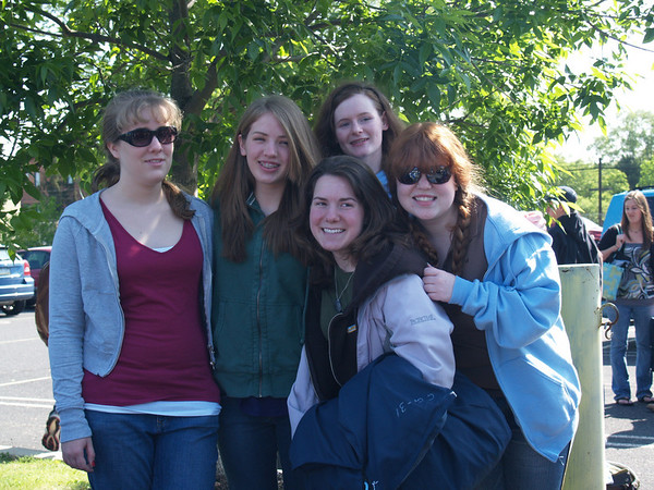 The Fruit Salad bunch-- Jess, Lydia, Carolyn, Rachel, Nicole headed for Bermuda with H.S. choir