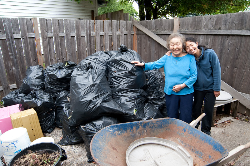 Synchronized blinking.  The bags are full of the yard trimmings from the day.