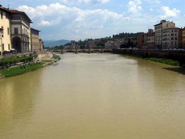 FIRENZE - FLORENCE - VIEW FROM VECCHIO BRIDGE - THE ARNO RIVER