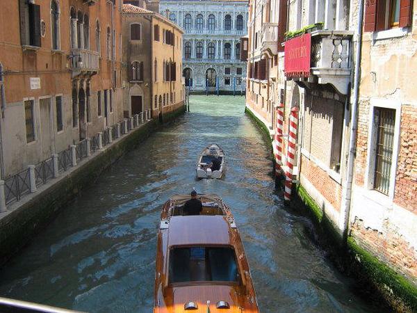 VENICE - SMALLER CANAL 02