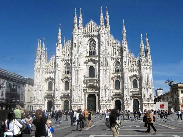 MILANO DUOMO OF MILAN CATHEDRAL