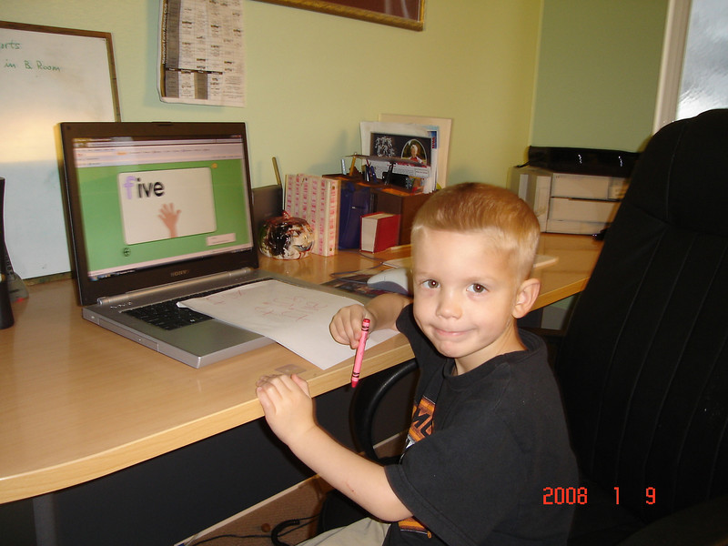 4 year old Elliot doing starfall.com.