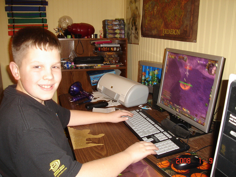 11 year old Chris playing WOW.