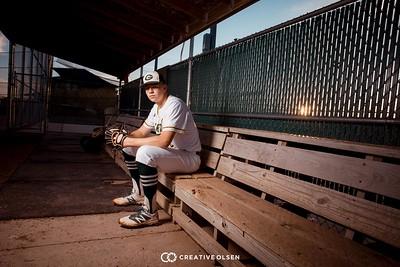 102118 Quinn Mason Senior Portraits