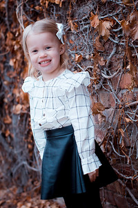 112719 Rachel Johannsen Family Photo Session Olsen Photography Photo by Nate Olsen
