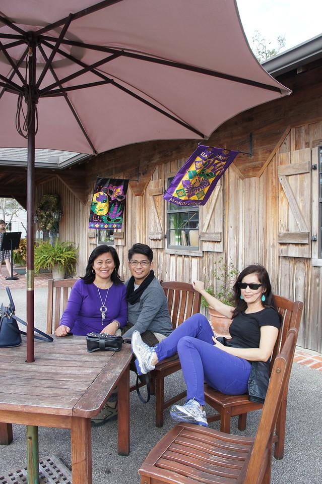 Anong klaseng pose yan Andal!