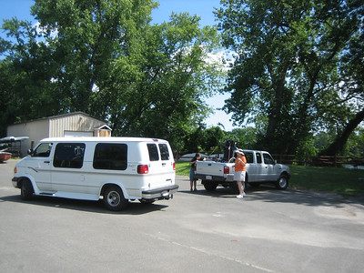 Arrival of van (with Shemaya inside) and truck (with her wheelchair) at the Jones Ferry Marina