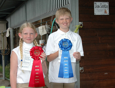 Sierra & Taylor's first horse show