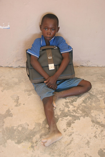 BOY WITH NEW SATCHELL!