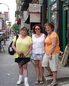 Leslie, Carole and I -  Photo taken by Larry Murray.