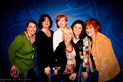 WPPI 2010-3466-5 Jackie Shandy-Piinto, MB Graffs, Shelly Porsch-Chetty, Kathy Clarke ( ladykate) Monica Toohey-Krause ( Katchin Ya Kandid) and me.. Hillary