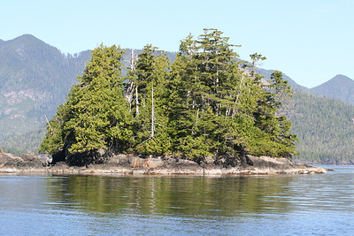 Nuchatlitz Provincial Park Islands