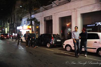 2012-01-20_HangingOut@ParkStreetKolkataIN_004