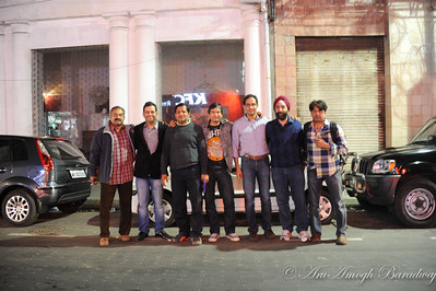 2012-01-20_HangingOut@ParkStreetKolkataIN_007
