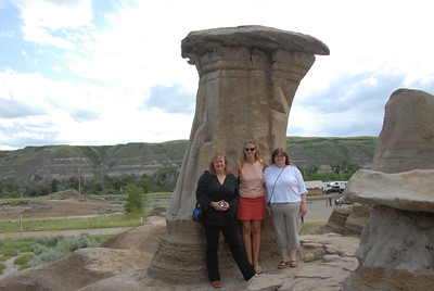 The ladies went of to see Canada'a most  famous HooDoos
