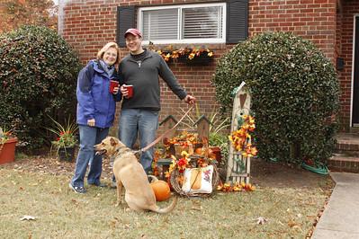 Carol & Drew found the Thanksgiving theme yard decorations