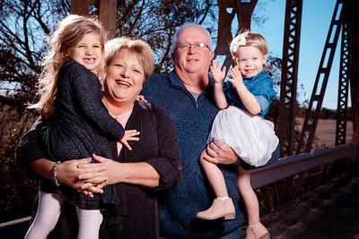 102718 Trudy Johannsen Family Portraits Creative Olsen