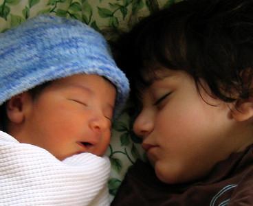 Fionn & his brother Taran (May 2007)