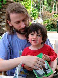 Allen & his son Fionn at the San Diego Zoo (March 2007) For more photos of Fionn: http://www.math.ucsd.edu/~allenk/Fionn/