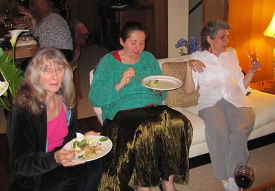 "Dominique in the middle, on the right, Danielle Levi Alvares (author of ""La Reparation"")"
