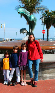 In front of the dolphins in Santa Barbara (April 2006)