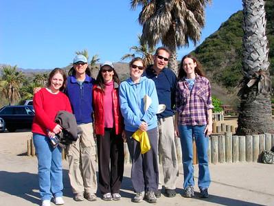 After a walk on the beach (Dec 2007): Lisa, Dave, Christine, Antara, Roy & Jill