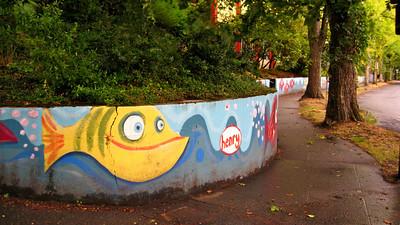Henry art mural.