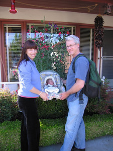 On May 10th, 2007 (5 days after her birth), Lucia is finally home.