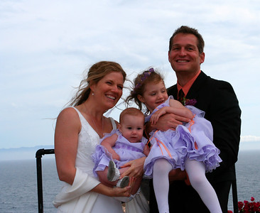 Roy, Antara & their 2 nieces, Laura & Haley
