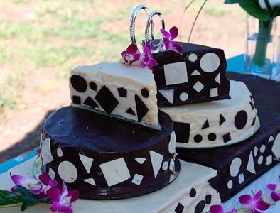 Beuatiful & delicious cake
