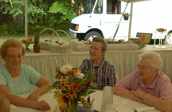 Naomi, Clara & Arlene