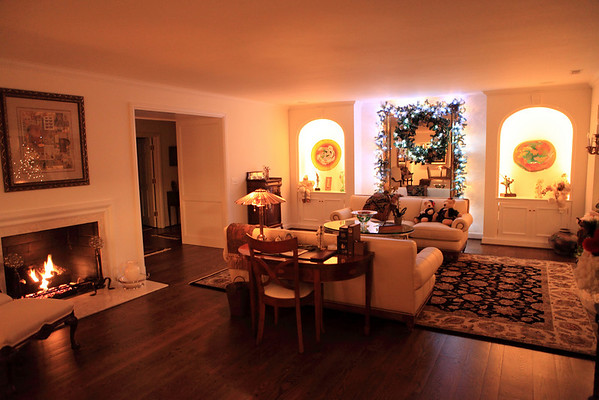 The living room all ready for Chrismas